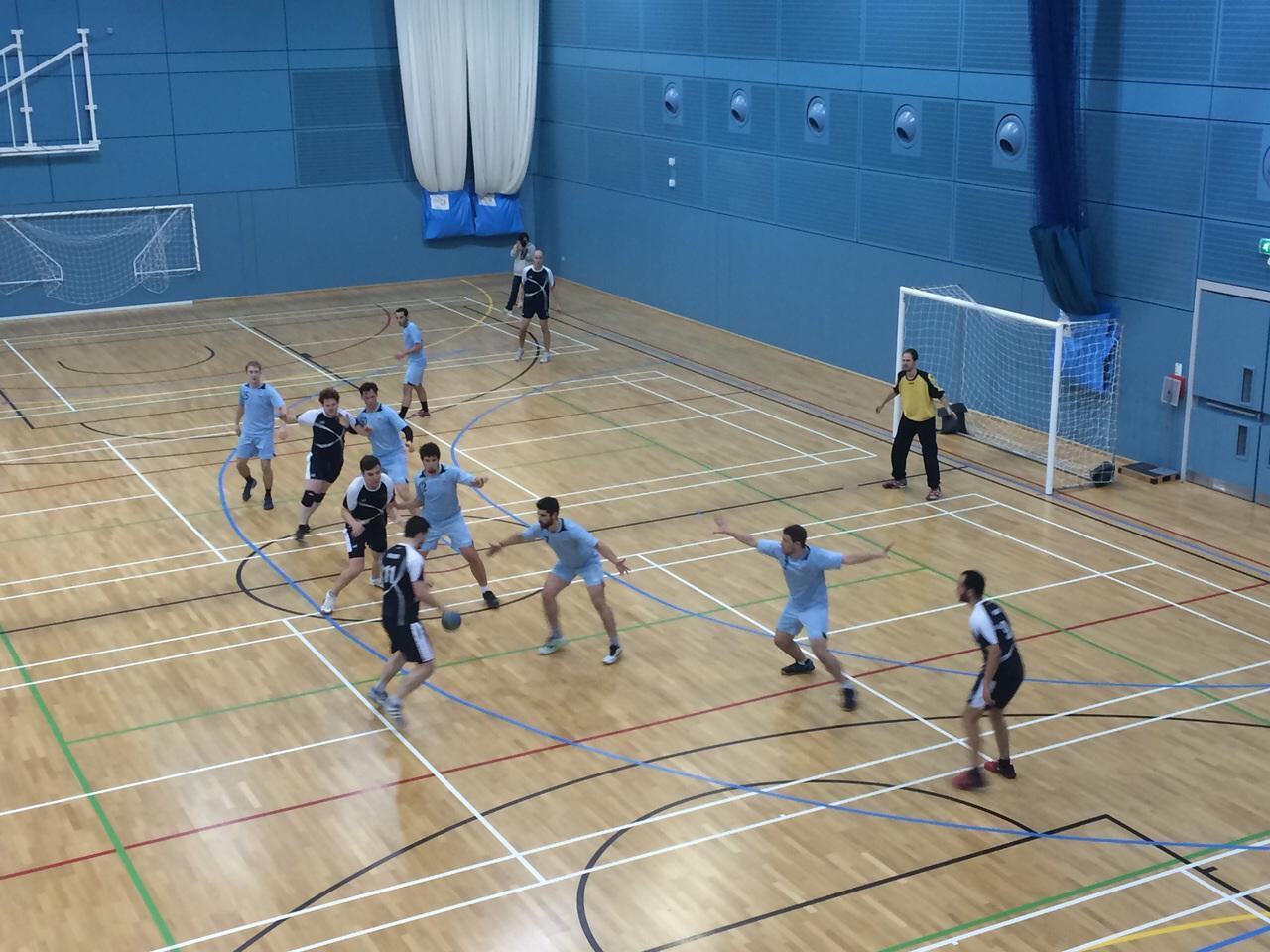 Oxford attacking the Cambridge defence (credit: Ignacio Vásquez García)