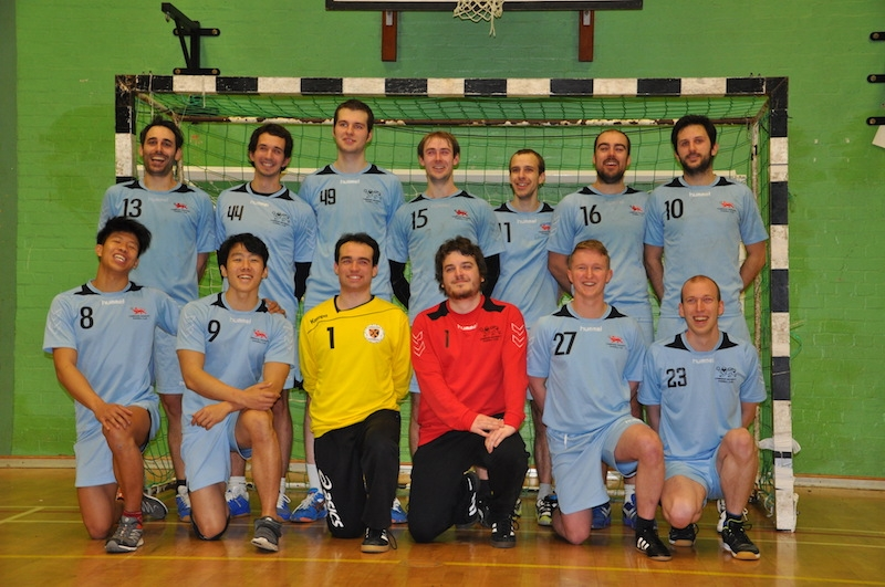 cam-uni-handball-squad