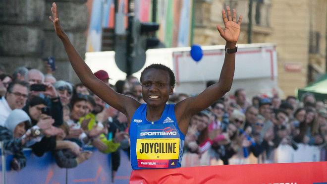 Joyciline Jepkosgei won the 2017 Prague Half Marathon in April (Credit: AFP)